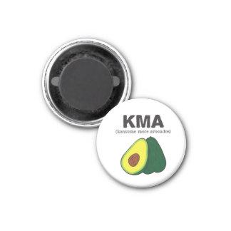 kma. (konsume more avocados) magnet