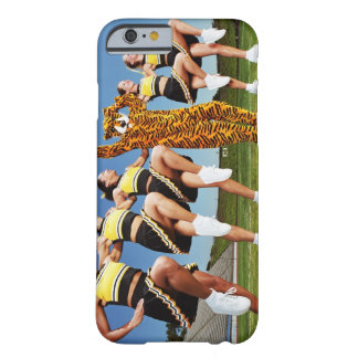Knee lift barely there iPhone 6 case