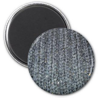 Knitt 2 Purl 2 Magnet
