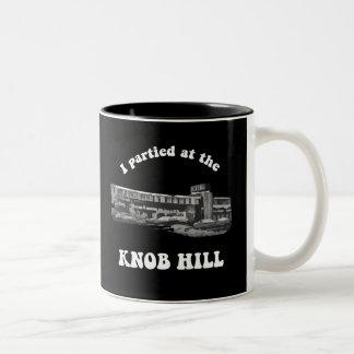 Knob Hill Mug White on Black