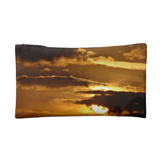Knowledgeable Communicative Fantastic Honest Cosmetic Bags