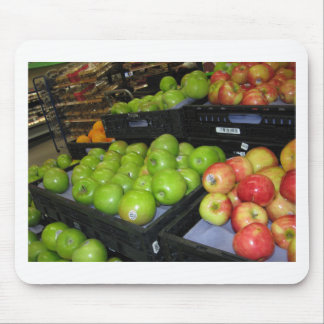 Knoxville zoo 031.JPG-apples fruit for decor Mouse Pad