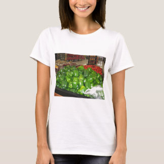 Knoxville zoo 032.JPG green pepper decor T-Shirt