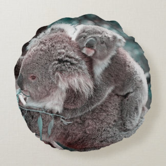 koala baby and mummy round pillow