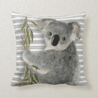 Koala linda cojín decorativo
