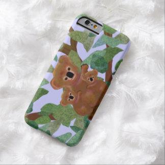 Koalas en el caso del iPhone 6 del eucalipto Funda De iPhone 6 Barely There