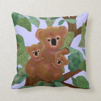 Koalas en la almohada de Mojo del americano del