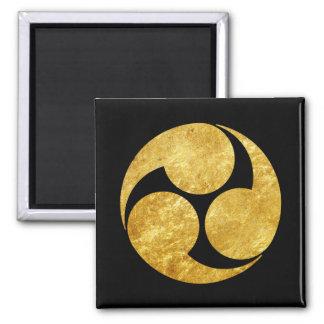 Kobayakawa Mon Japanese clan gold on black Magnet