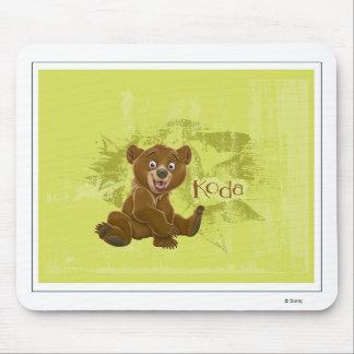 Koda del oso de Brother que sienta Disney Alfombrilla De Raton