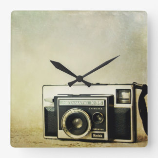 Kodak Instamatic vintage camera clock