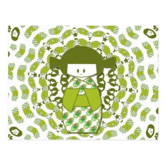 Kokeshi, muñecas japonesas, verdes, tarjeta postal