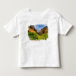 Kolob Canyon at Zion Canyon in Zion National Toddler T-shirt
