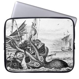 Kraken/Octopus Eatting A Pirate Ship, Black/White Laptop Sleeve