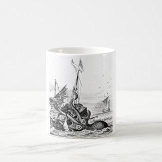Kraken/pulpo Eatting un barco pirata, negro/blanco Taza De Café