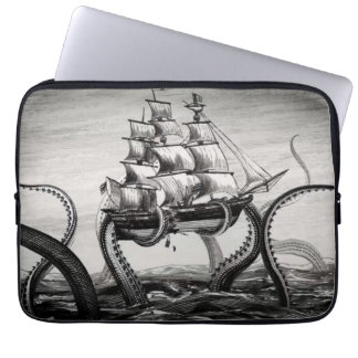 "Kraken que soporta un pirata/un velero 13"" manga funda computadora"