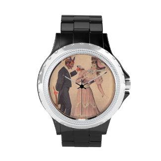 Krampus que propone a la mujer relojes de mano