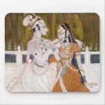 Krishna y Radha románticos Alfombrilla De Raton