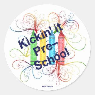 KRW Kickin preescolar dibuja con creyón Grunge Pegatina Redonda