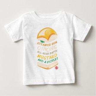 Krystal apiló camisas