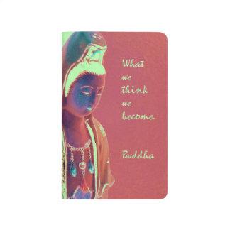Kuan Yin con la cita inspirada de Buda Cuaderno Grapado