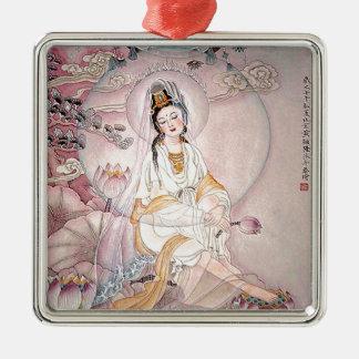 Kuan Yin; Diosa budista de la compasión Adorno Cuadrado Plateado