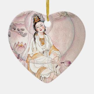 Kuan Yin; Diosa budista de la compasión Adorno De Cerámica En Forma De Corazón