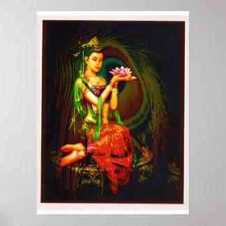 Kuan Yin y la pluma del pavo real Poster