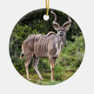 Kudu. Adorno Redondo De Cerámica