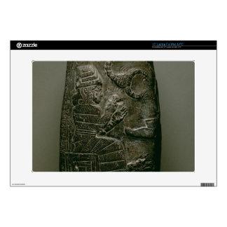 Kudurru de Nazimaruttash, rey de Babilonia, c.1328 Skins Para Portátil