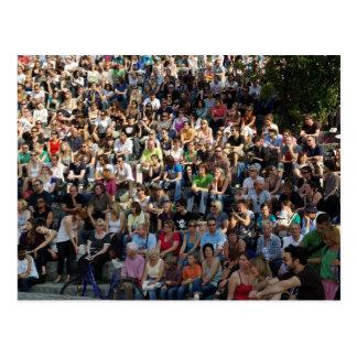 Kult - Mauerpark Berlin - Karaoke Zuschauer Postcards