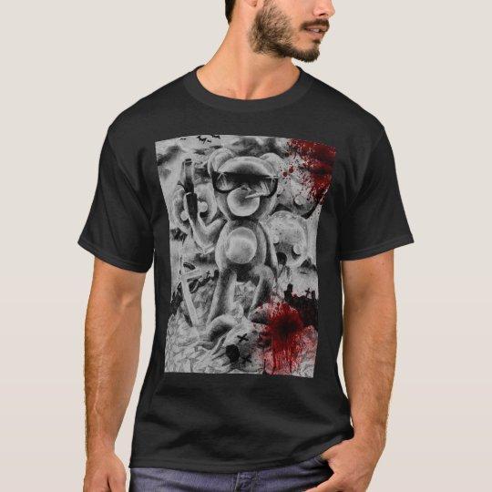 kuma at war T-Shirt