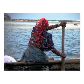 Kuna woman paddling ulu, East Lemmons, Kuna Yala Postcard
