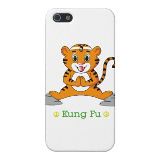 Kung Fu Tiger™ iPhone SE/5/5s Cover