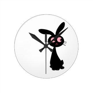Kuro Bunny I Round Clock