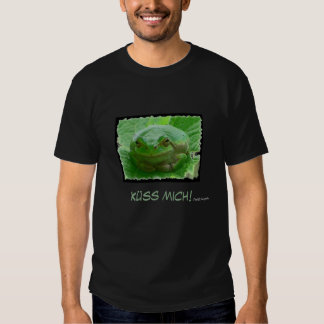 Küss mich! - green frog close up t-shirt