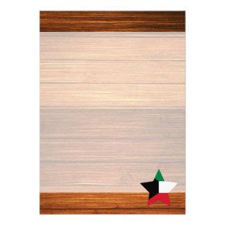 "Kuwait Flag Star on Wood 5"" X 7"" Invitation Card"