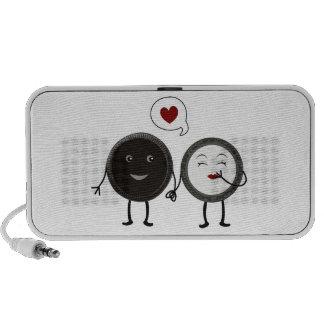 Kwaii Cookies and Cream Love Travel Speaker