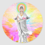 Kwan Yin la diosa de la compasión con rosa Pegatina Redonda