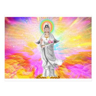 Kwan Yin la diosa de la compasión con rosa Postal