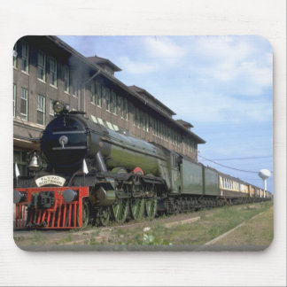 """L&N 4-6-2 with """"Flying Scotsman"""" Mouse Pad"""