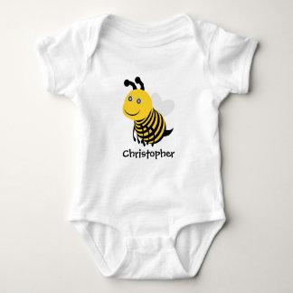 La abeja apenas añade nombre body para bebé