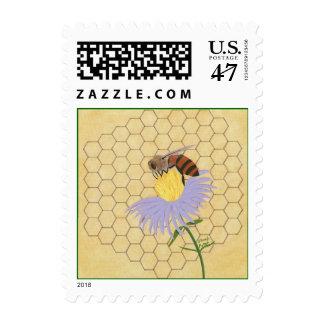 La abeja de la miel, peine de la miel sella por sello postal