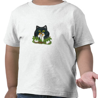 La abeja en el diente de león zumba el gatito camiseta
