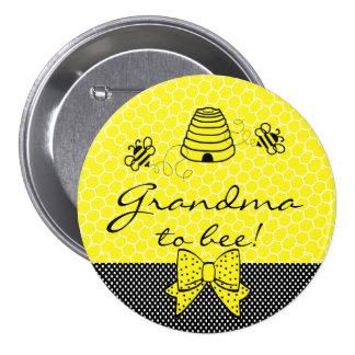 La abuela a ser manosea la abeja pin redondo de 3 pulgadas