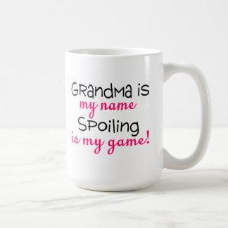 La abuela es mi estropeo del nombre es mi juego tazas