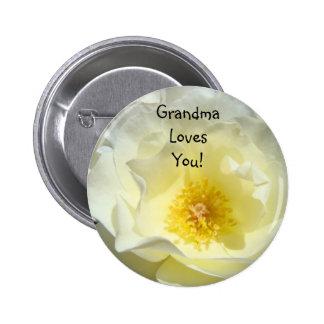 ¡La abuela le ama! abotone la flor del rosa blanco Pins