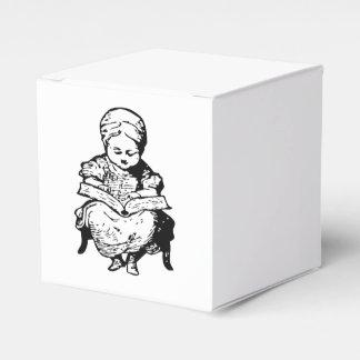 La abuela le leyó un diseño de la historia cajas para regalos