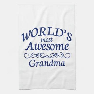 La abuela más impresionante del mundo toalla de mano