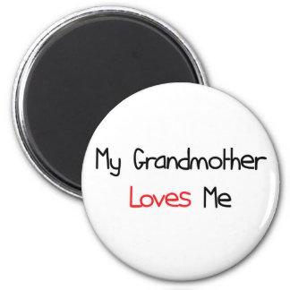 La abuela me ama imán redondo 5 cm