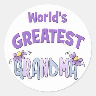 La abuelita más grande pegatina redonda